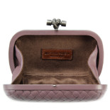 Clutch_Bottega_Veneta_knot_leather_flamingo-2
