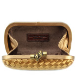 Clutch_Bottega_Veneta_knot_satin_gold-2