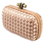 Clutch_Bottega_Veneta_knot_satin_peach-1