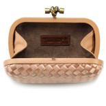 Clutch_Bottega_Veneta_knot_satin_peach-2