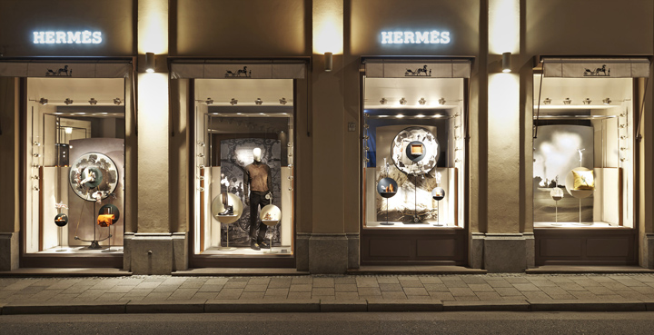 Hermes-shop-displays-by-Tim-John-Fall-2013-Germany-03