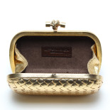 clutch_bv_knot_leather_gold